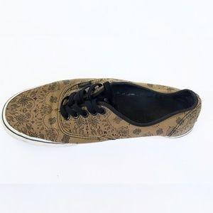 Vans Shoes - Van's bandana style shoes